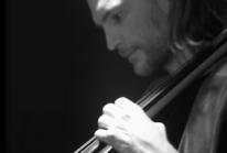 ehlizbar_s_violonchelju