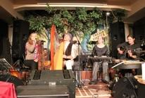 2012-03-14_moskva-_gnezdo_glukharja_s_dzivasil_i_nadishanom_1