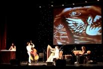 2013-10-27_spb-_kontsertnyj_zal_u_finljandskogo-_pesochnaja_animatsija_jaroslavy_lanshakovoj
